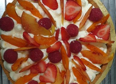 Tartes aux fruits frais et sa mousse chocolat blanc : une création sur-mesure